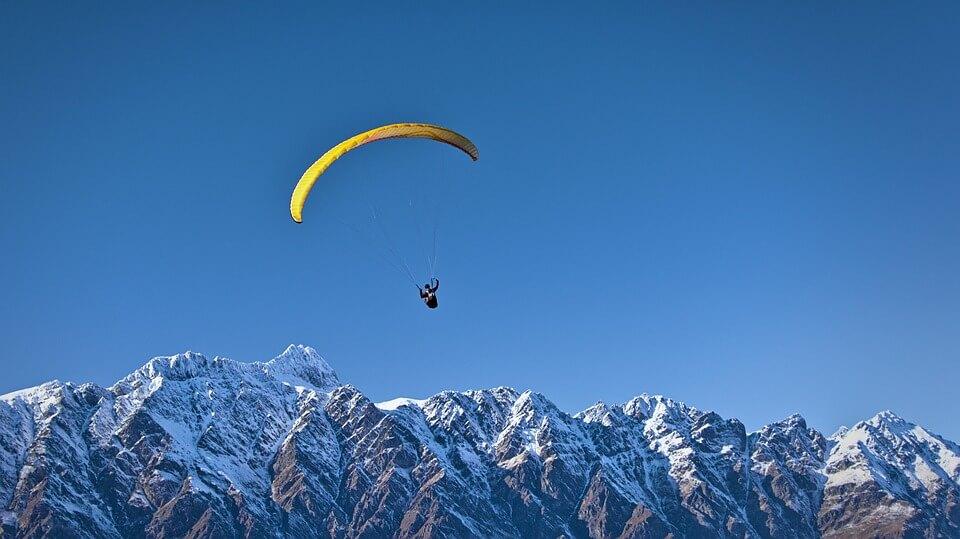 Everest skydiving, Nepal